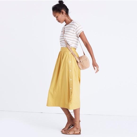 35caa9817 Madewell Dresses & Skirts - Madewell side-button skirt